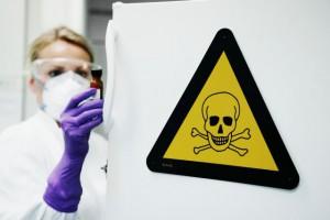 Kræftfremkaldende stoffer - giftkølerskab - 08-004110_web